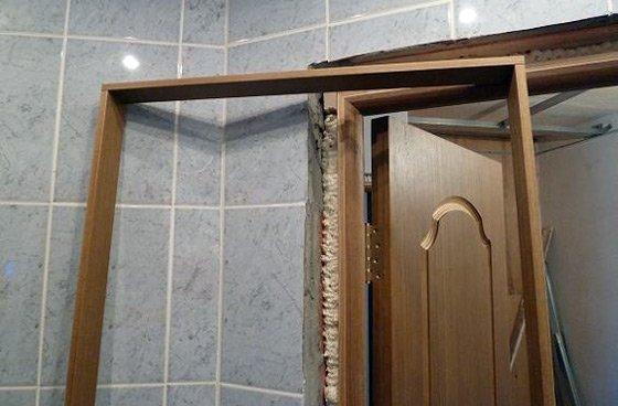 Как установить дверной добор