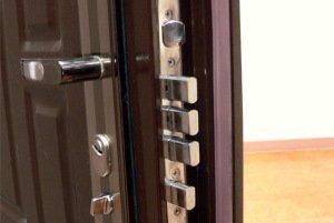 Как поменять входную дверь