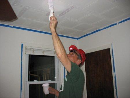 Как обновить потолок из плитки