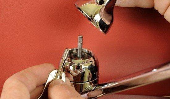 Ремонт смесителя для кухни