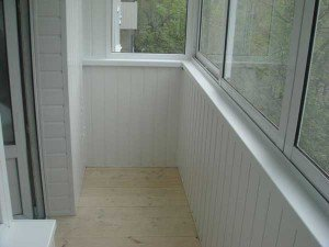 Как отделать лучше балкон